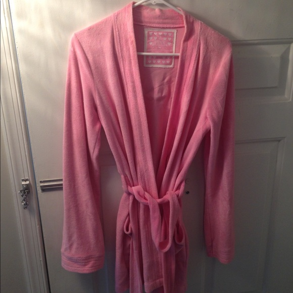 various styles 2018 shoes clear-cut texture Victoria's Secret Pink terry cloth robe